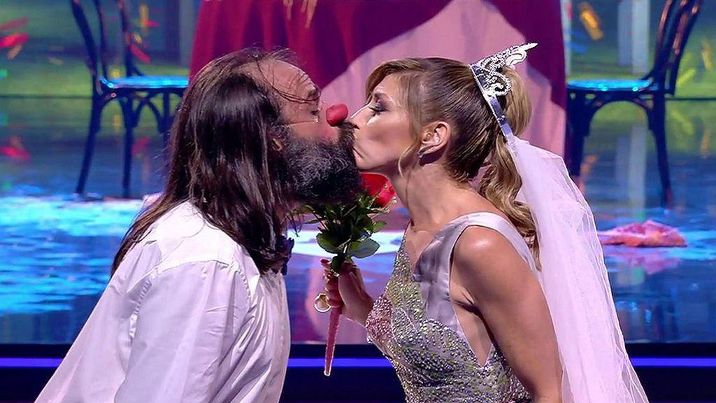 Risto Mejide oficia la desternillante boda de Cucko y Eva Isanta