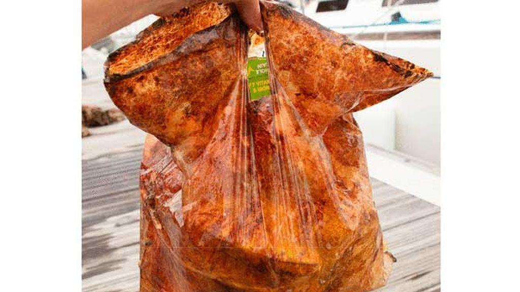 Las bolsas de plástico biodegradables no lo son tanto: tres años después sirven para ir al súper