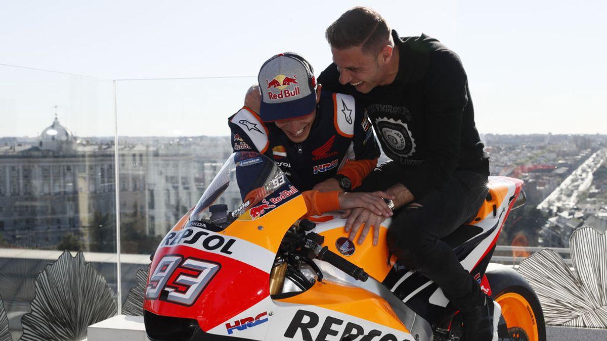 La sorpresa de Marc Márquez a Joaquín: de la confusión con un televisor, al alucine al probar su MotoGP