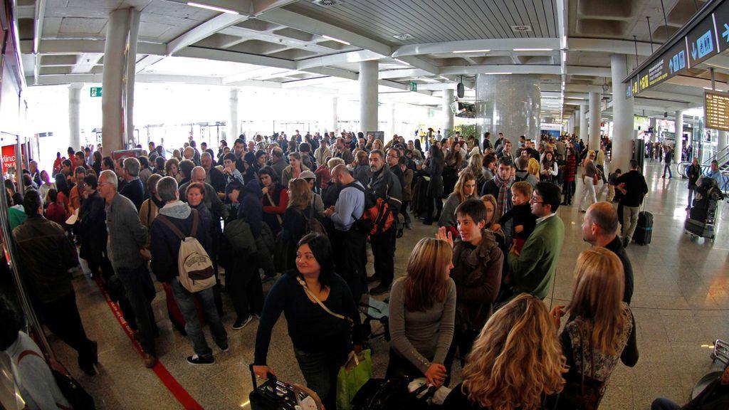 Muere una trabajadora del aeropuerto de Palma después de haber sido gravemente agredida por un turista