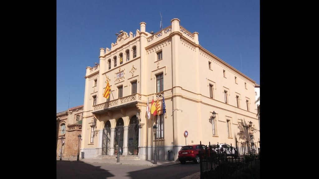 A juicio por publicar insultos homófobos contra el alcalde de Sitges en Facebook