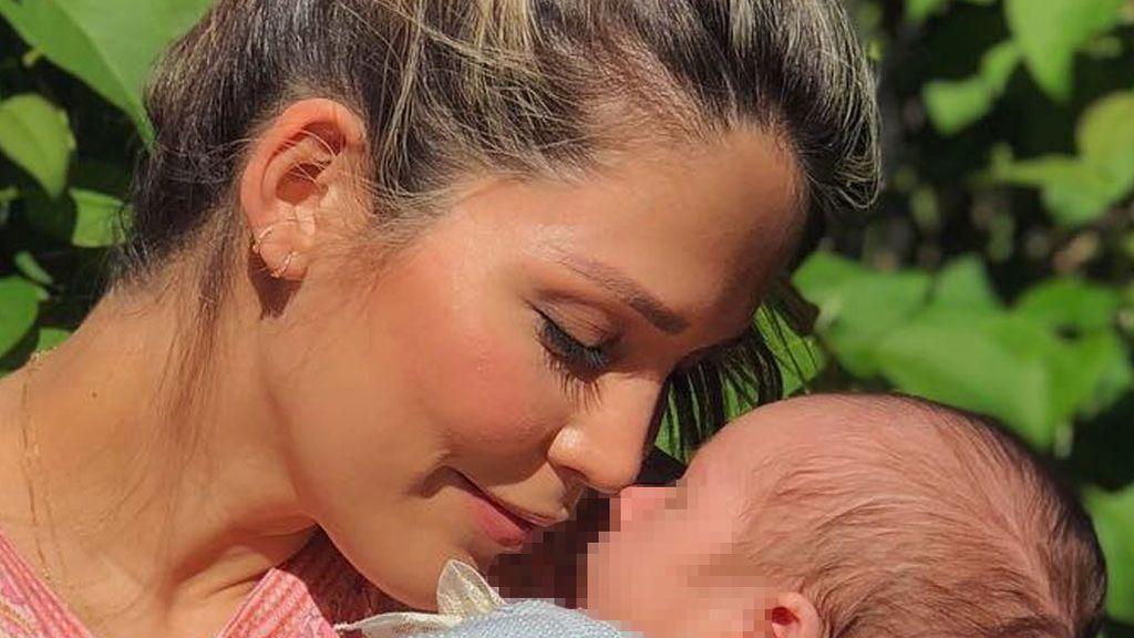 """Rosanna Zanetti comparte el primer posado con su hijo Matteo: """"Ser tu mamá llena mi corazón de alegría"""""""
