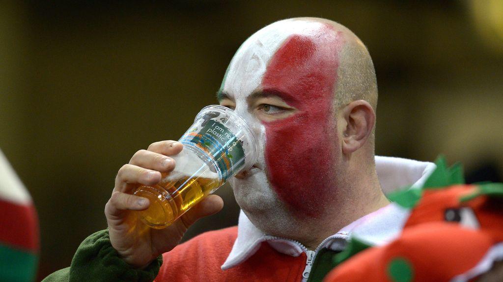 El comité de la Copa Mundial de Rugby recuerda a Japón reforzar sus reservas de cerveza ante la llegada de sus aficioandos