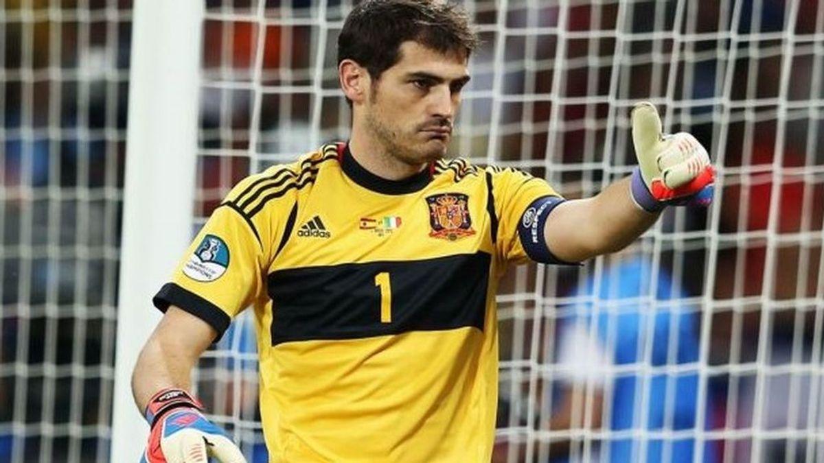 """Iker Casillas sigue mejorando y asegura que  tiene """"el corazón contento"""""""