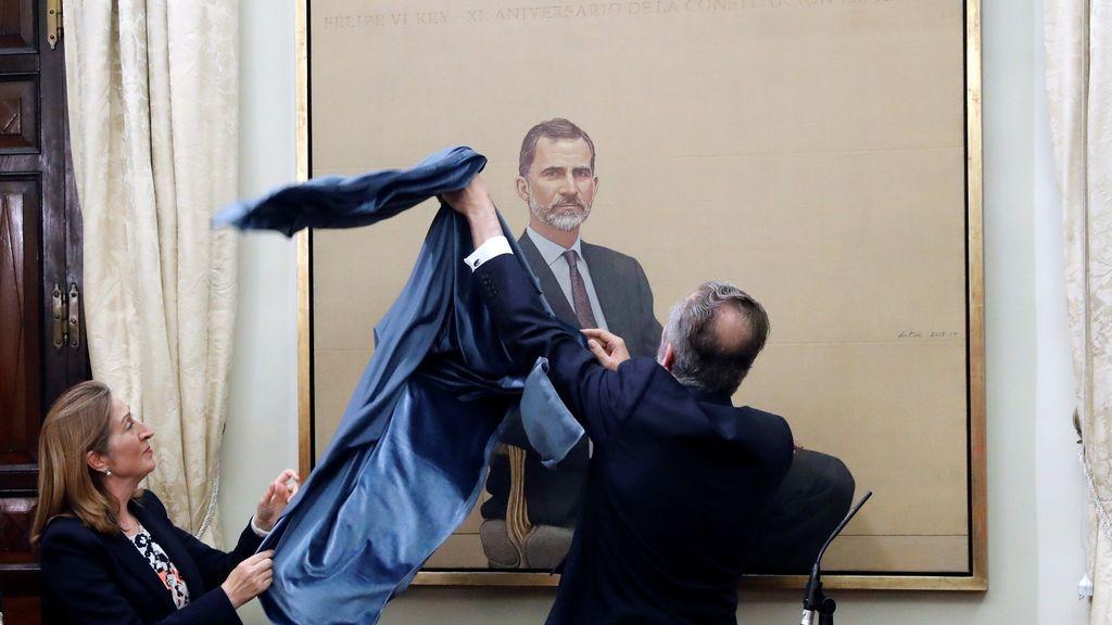El Congreso estrena un retrato oficial del Rey Felipe VI que costó 88.000 euros a las arcas públicas