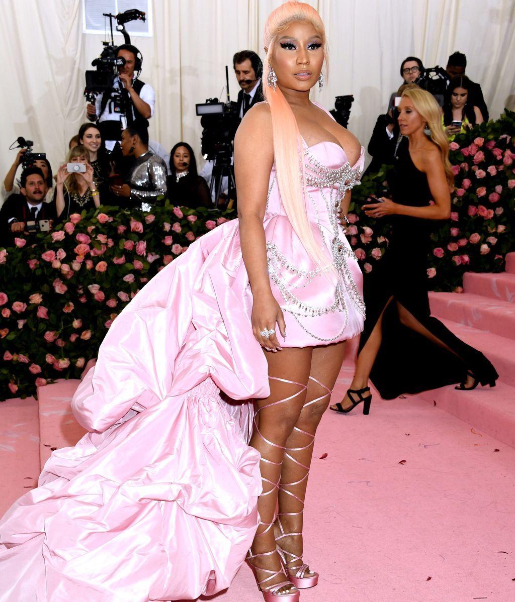 Nicki Minaj se acercó tanto al look de princesa como al de guerrera