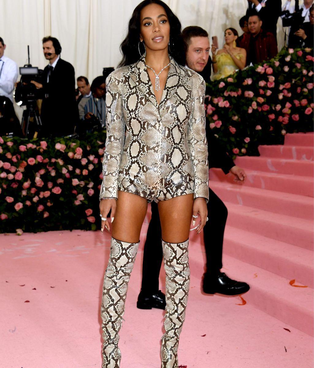 Solange Knowles apostando todo al animal print