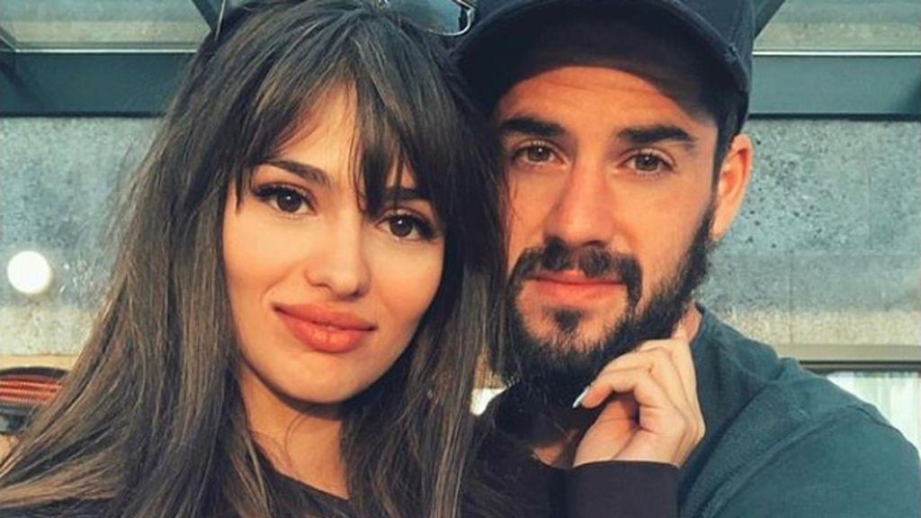 """Las cariñosas palabras de Isco a Sara Sálamo en el debut de 'Brigada Costa del Sol': """"Eres increíble"""""""
