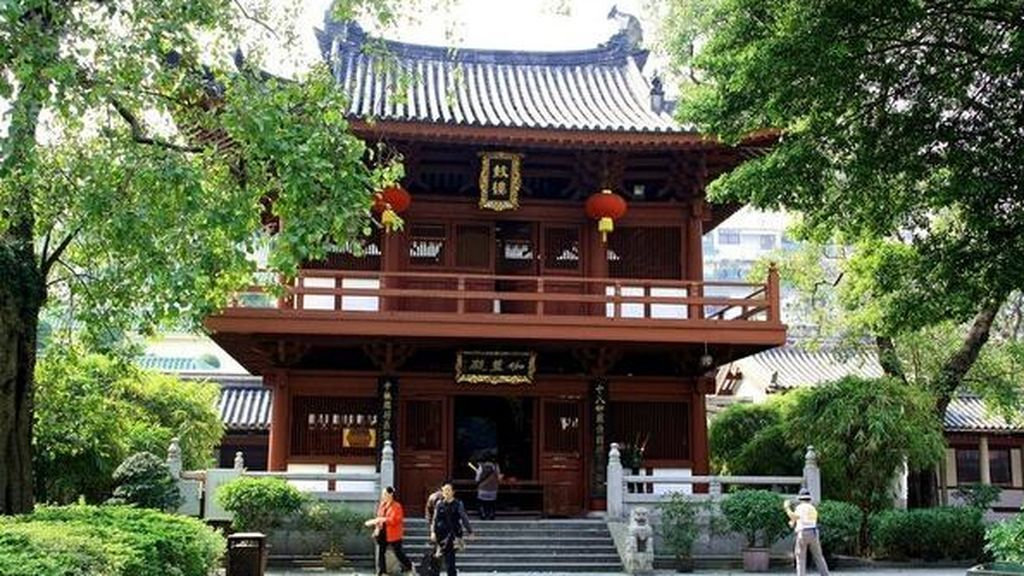 travel-to-china-guagnzhou-Bright-Filial-Piety-Temple-in-Guangzhou