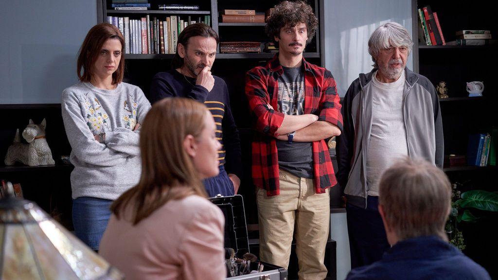 'La que se avecina' (19,6% y 2.694.000) supera en 3,1 puntos al estreno de 'La Voz Senior: audiciones' (16,5% y 2.418.000)