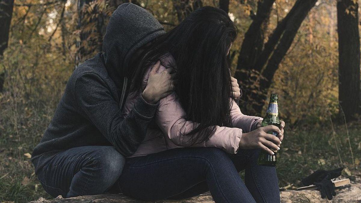 female-alcoholism-2847443_960_720