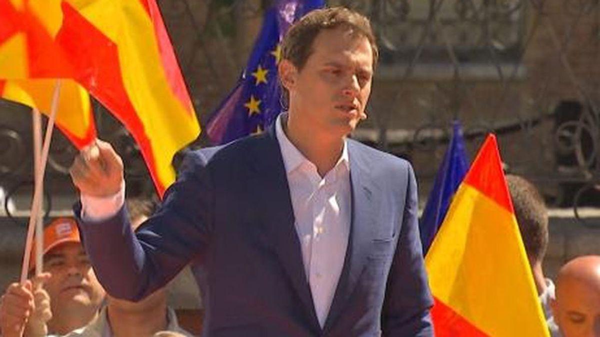 """""""Salvavidas naranja"""": Cs promete bajar los impuestos en las comunidades autónomas en la misma medida en que Sánchez los suba"""