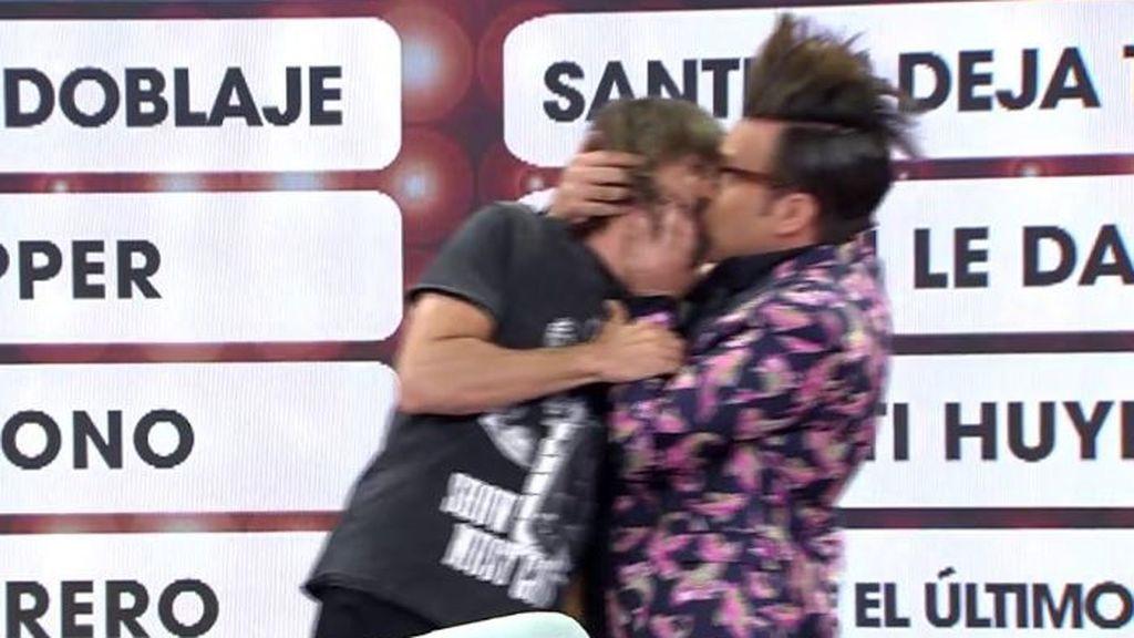 El morreo de Santi Millán y Torito