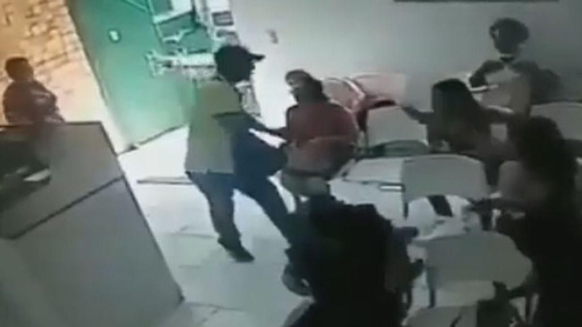 Un ladrón sorprendido por la valentía de varias mujeres en un local de Venezuela