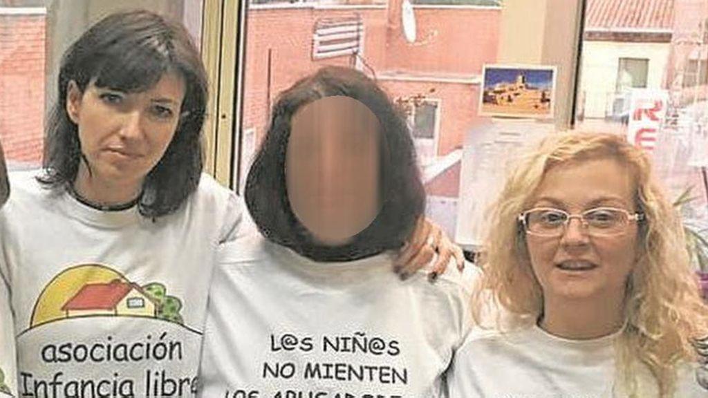 La madre de la menor secuestrada en La Cabrera no puede acercarse ni comunicarse con la niña