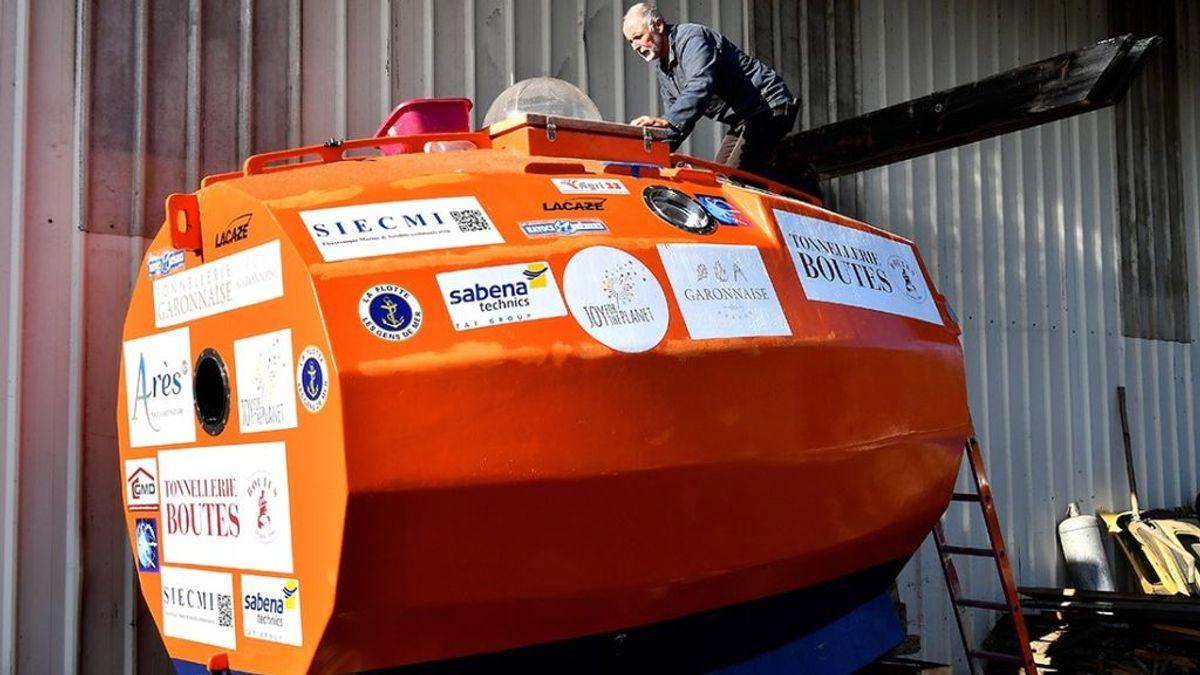 Un hombre de 72 años cruza el Océano Atlántico en un barril