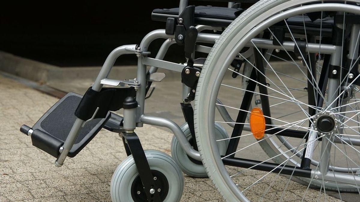 Campaña de recogida de fondos para comprar una silla de ruedas a una niña de 4 años con parálisis cerebral