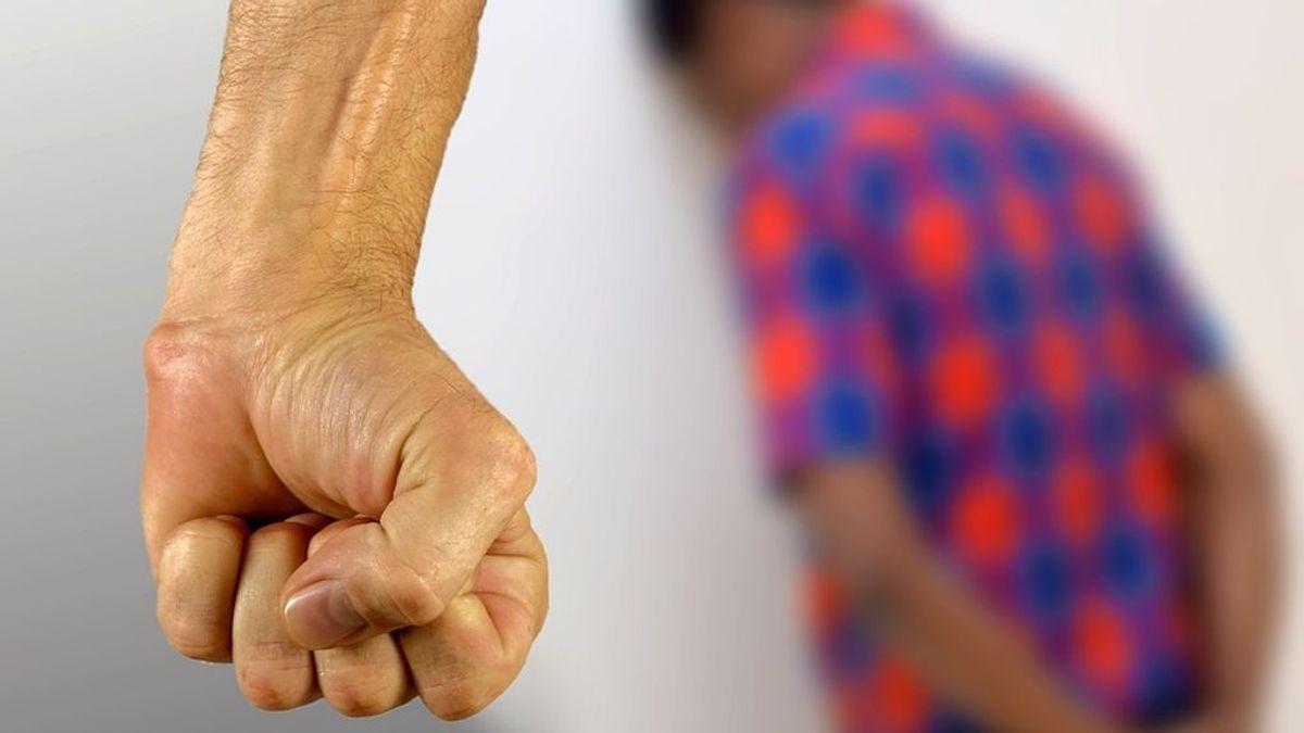 El 'cortador del pene' condenado por malos tratos a su madre y a su hermano menor