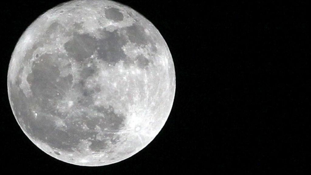 La Nasa quiere que una mujer pise la Luna en el 2024