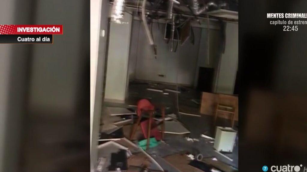 Basura, jeringuillas, haces: así son las condiciones de la sucursal bancaria ocupada en el madrileño barrio de Simancas