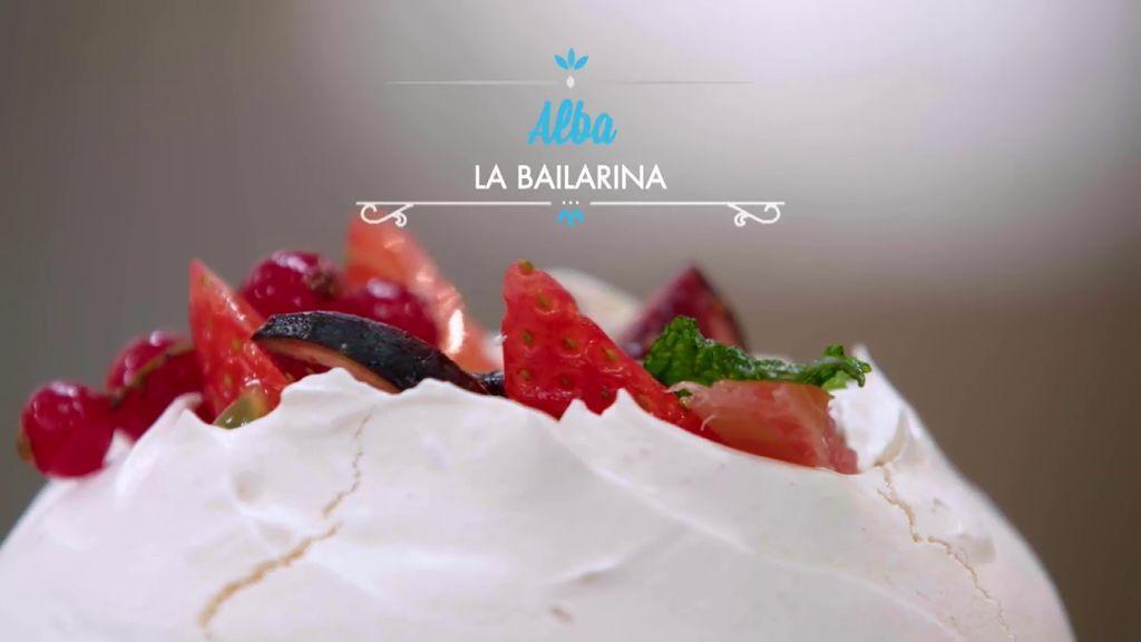 Toma nota de cómo hacer la pavlova con lemon curd y frutas de Alba