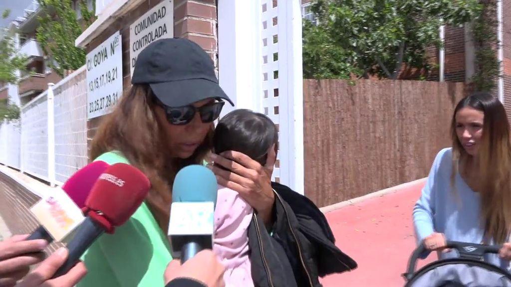 Las primeras imágenes de Toñi Salazar entrando a su casa tras el robo