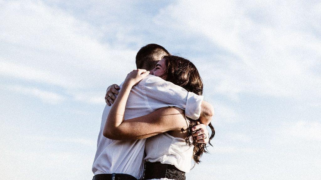 Ser o no ser amigo de tu ex: varios veinteañeros nos cuentan su experiencia