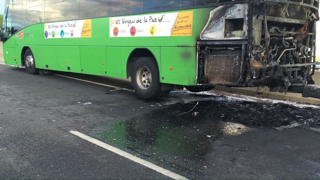 Se incendia un autobús interurbano en Alcobendas (Madrid)