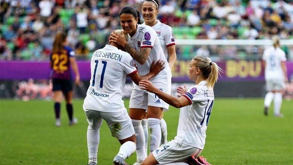 El Lyon saca el rodillo y vence al Barcelona en la final de la Champions femenina (4-1)