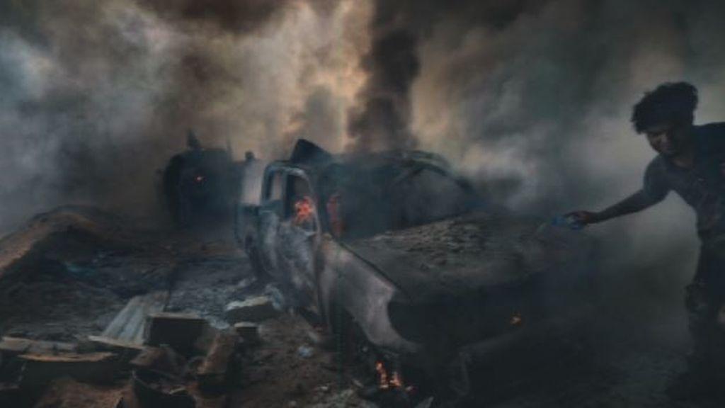 El fotoperiodista que fotografió a sus captores del ISIS