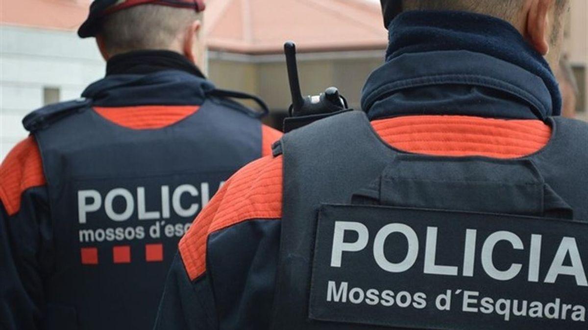 Detienen a tres jóvenes que planeaban un asesinato en Barcelona