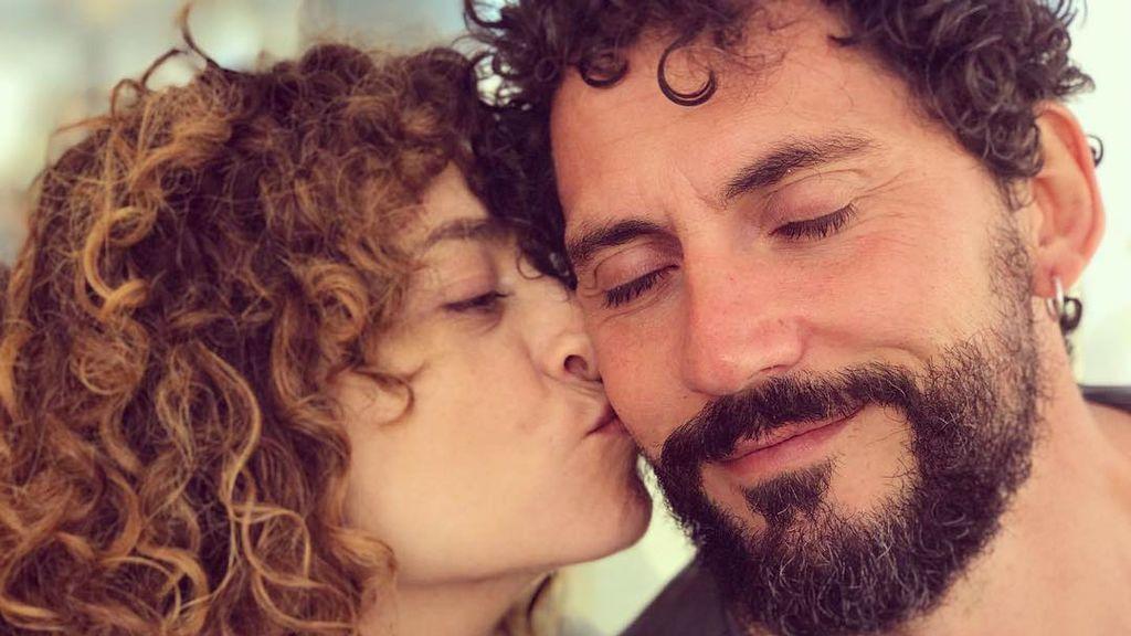 """El homenaje de Paco León a su mujer, la """"madraza"""" Anna R. Costa : """"No sin mis hijos"""""""