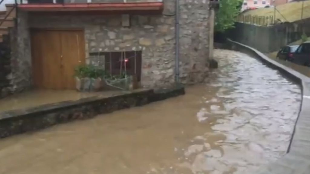 Los vecinos de Hernani y Rentería vuelven a la normalidad tras las fuertes lluvias del fin de semana