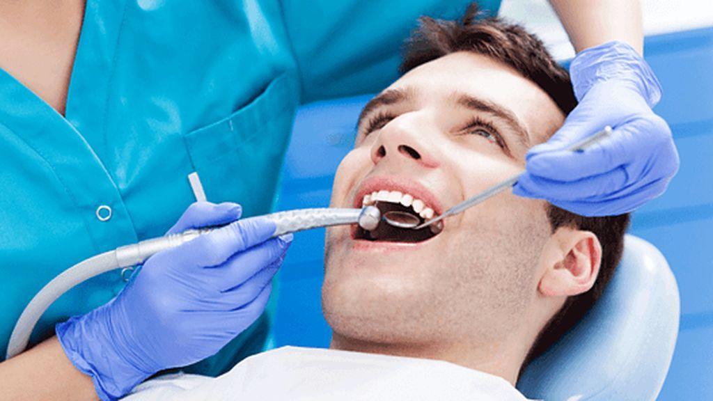 Una clínica dental pide a 563 pacientes que se hagan pruebas de VIH y hepatitis