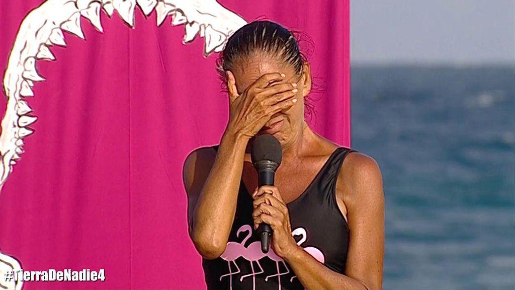 Isabel Pantoja se emociona al felicitar a su madre