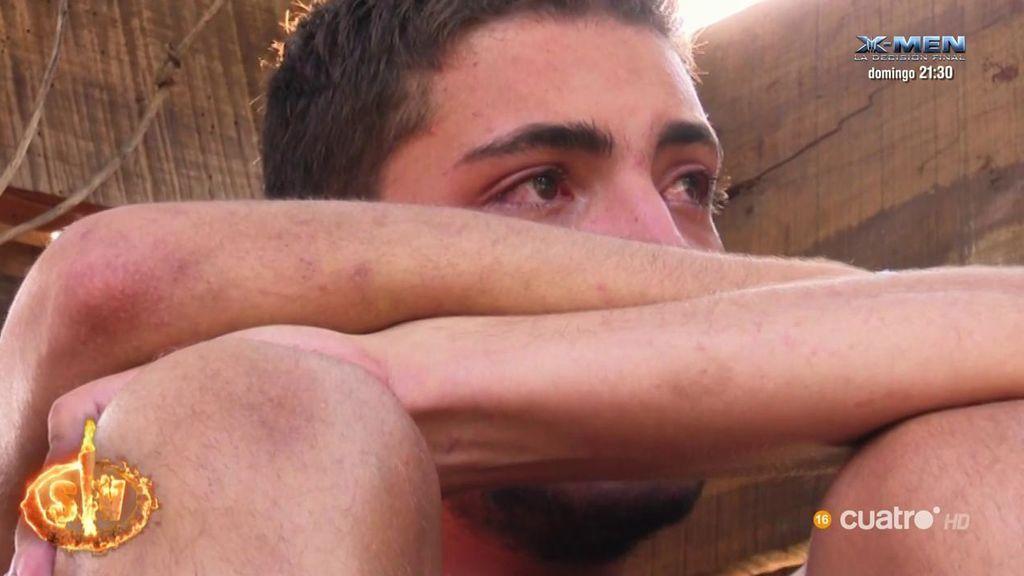 Jonathan rompe a llorar sobrepasado por la Plataforma del Pirata Olvidado