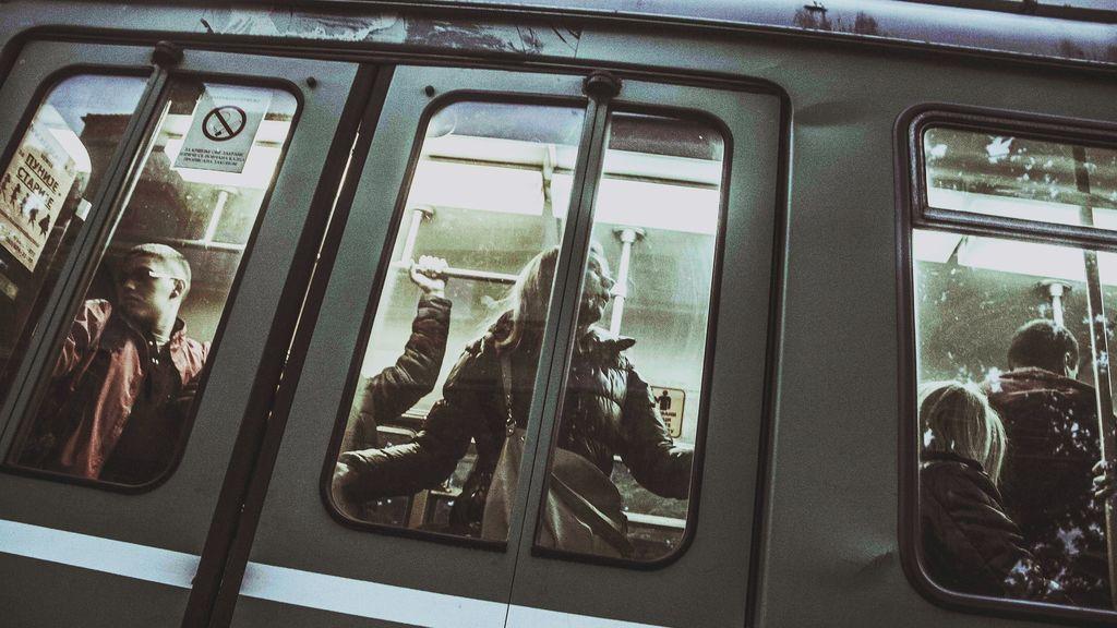 La aplicación móvil para ahuyentar manoseadores en el metro ya es un éxito