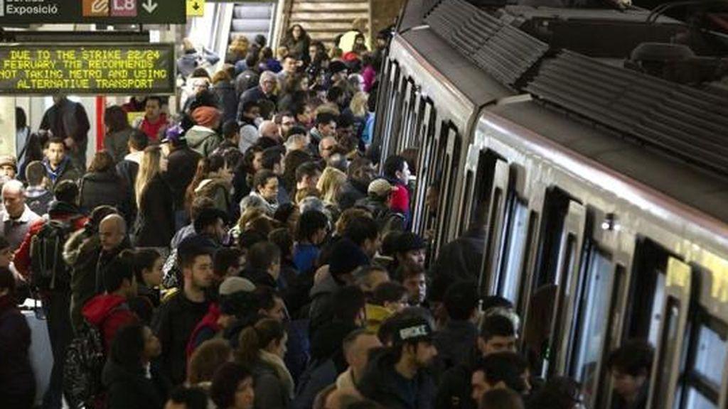 Los ángeles de Barcelona: una batalla contra los carteristas en el metronm