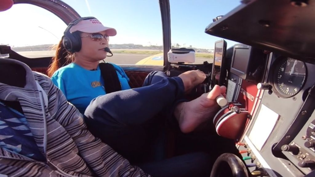 La increíble historia de superación de Jessica Cox: aprende a pilotar un avión con los pies al nacer sin brazos