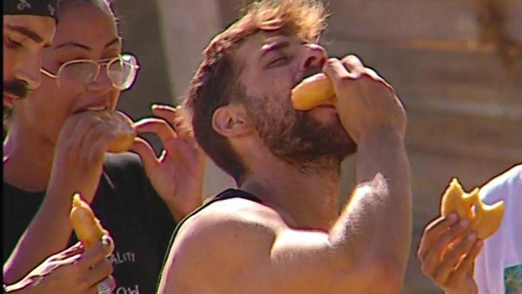 Los supervivientes disfrutan de un irresistible Donuts