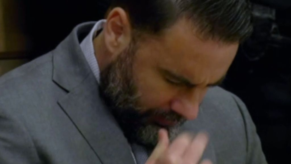 Pablo Ibar se santigua al conocer al sentencia