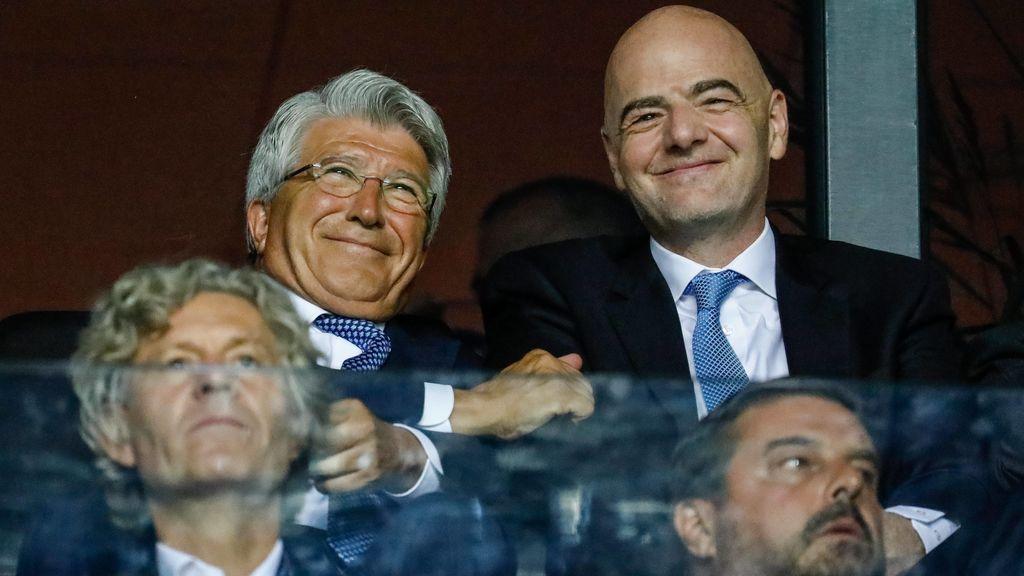 """""""El cuarto defensa para el año que viene soy yo"""", la broma de Cerezo cuando le preguntan por fichajes"""