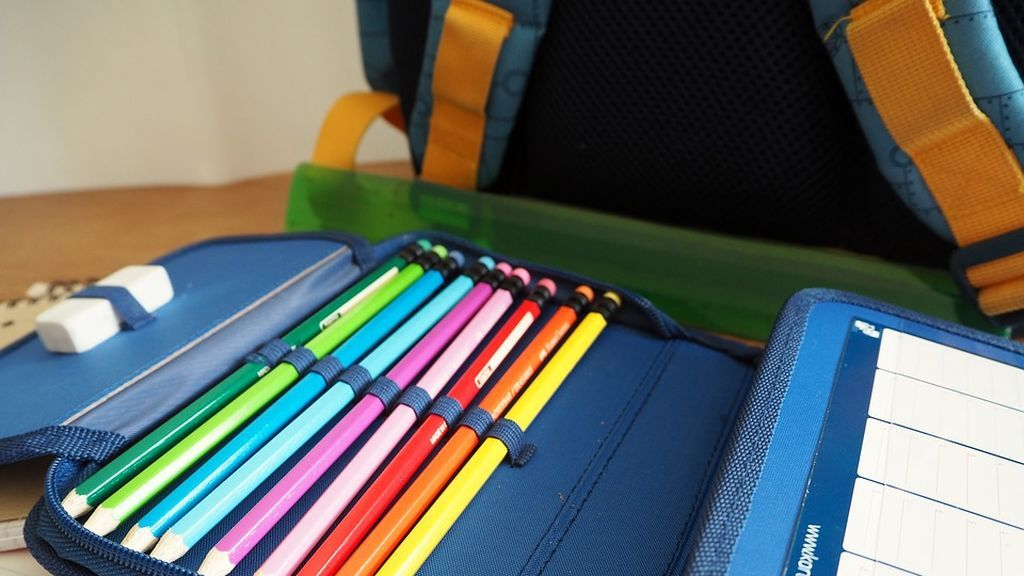 back-to-school-2680730_960_720