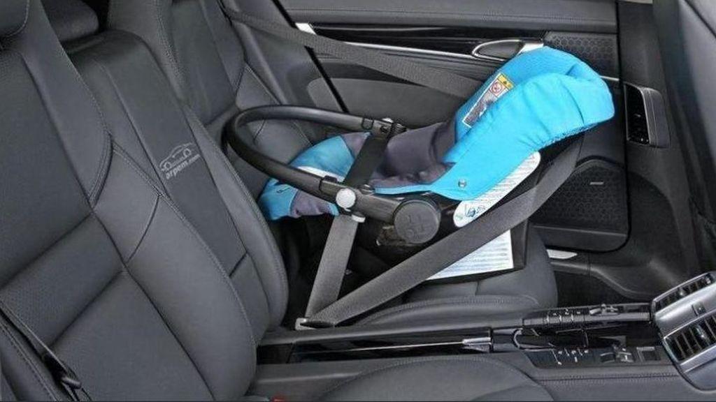 Detenida una mujer en Estepona por dejar a su bebé de 6 meses en el coche con altas temperaturas