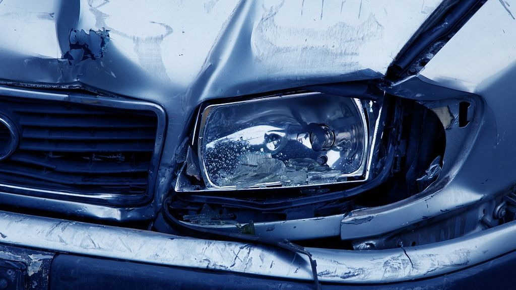 Qué pasa si tienes un accidente con un coche y no apareces en el seguro