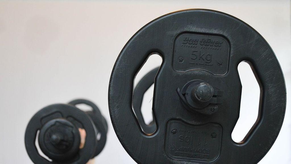 Hacer pesas ayuda a combatir los efectos de la menopausia