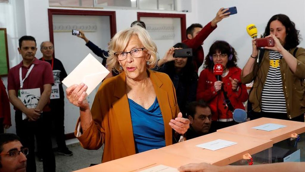 Carmena vota en Madrid