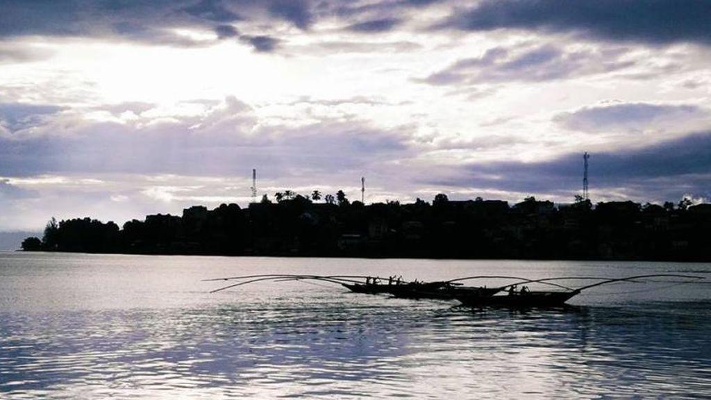 Al menos 30 muertos y 200 desaparecidos al naufragar un barco en el Congo