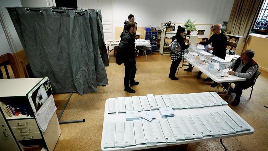 Estas son las imágenes de la jornada electoral del 26M