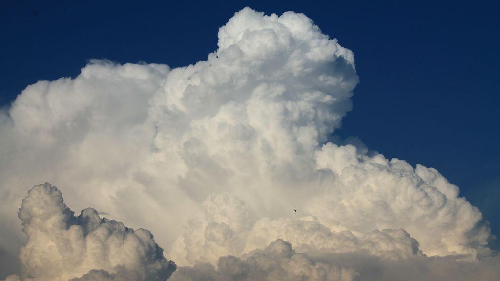 La increíble nube que apareció en el cielo de Gandia